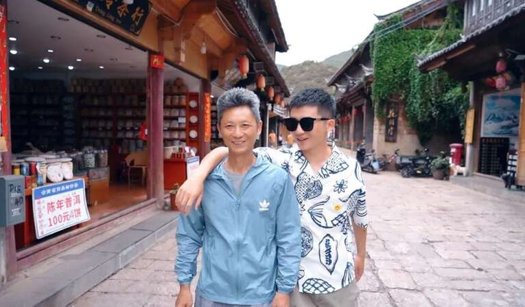 卖房带父亲自驾环游中国,Soul上26岁重庆小哥走红全网
