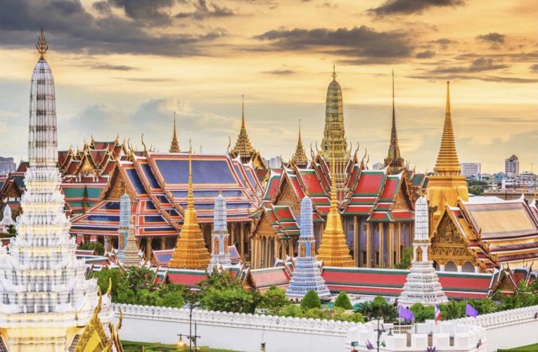 疫情下的泰国,连大象都失业了!一片萧条
