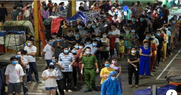 越南胡志明市快筛出5万4千例新冠 社会问题频发