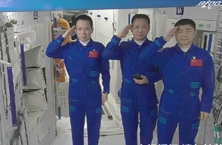 历史一刻!90天!神舟十二号撤离空间站,刷新纪录