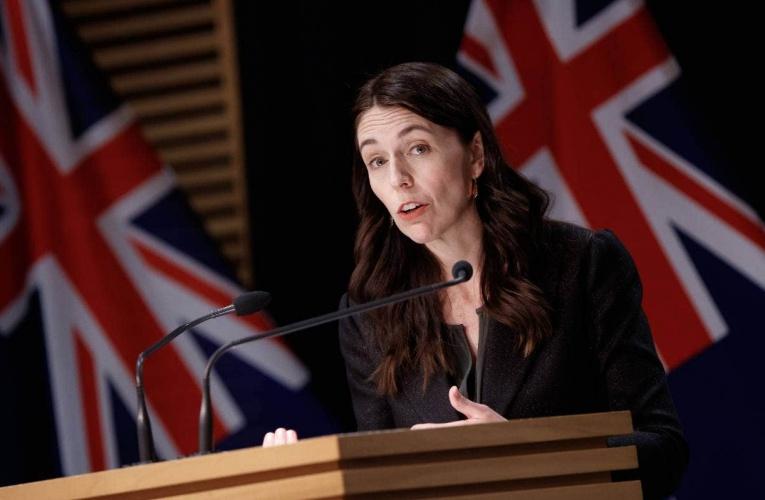 (26日)(中英)新闻发布会直播:总理Ardern、Bloomfield 博士提供疫情更新,伍德部长说不打疫苗可能丢工作